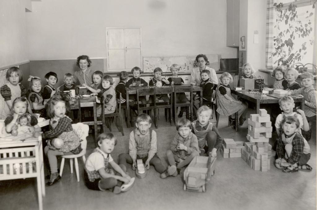 Barnkrubban ca år 1940